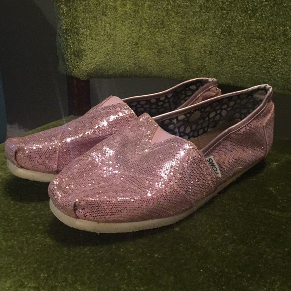 6fe297e2adeb Womens Sparkly Pink Toms Shoes Size 85